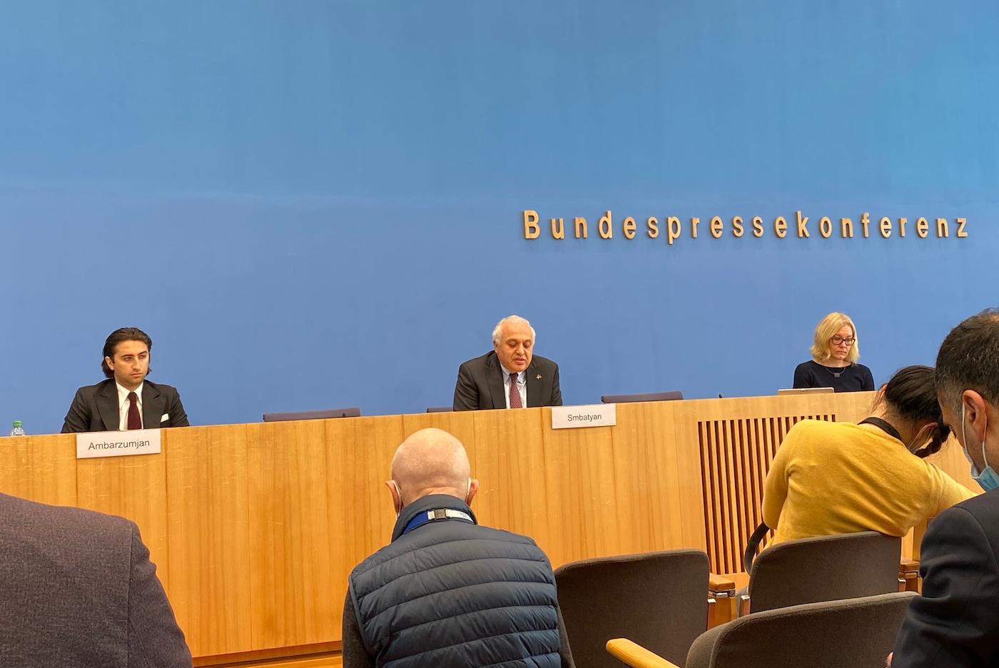 Bundespressekonferenz Arzach